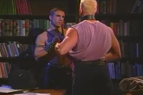 Vintage Muscled studs In Leather Stretching booty In Quiet Library