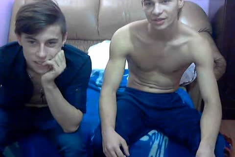 two fashionable bi-sexual Romanian twinks With nice penises & yummy buttholes On cam.