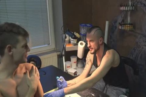 sleazy Sex For money In A Tattoo Studio