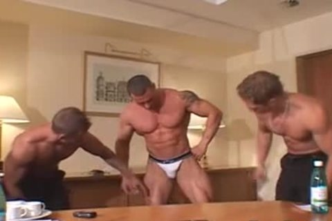 3 greater quantity wild Muscle Posers