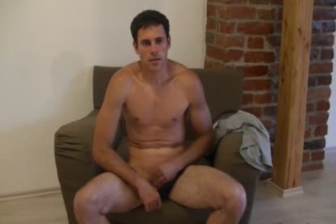 stunning guy Luka likes wanking His 10-Pounder On A Comfy Chair