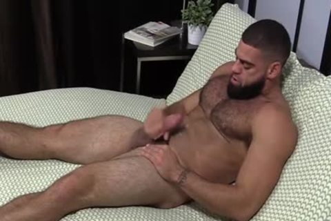 pumped up Ricky Larkin stroking Off whilst Toes Are Sucked