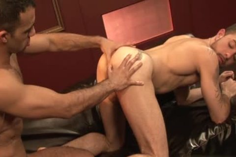 large rod gay a bit of arse With cumshot