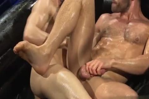 Muscle weenie blowjob And cream flow