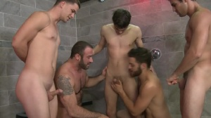 semen Shower - Tommy Defendi & Spencer Reed bath Hump