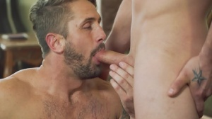 Robbing cock - Darin Silvers with Wesley Woods anal hammer