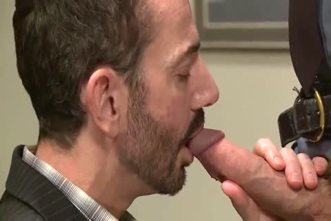 ROCCO STEELE Y JOE CAGE,THAT HURTS DADDY
