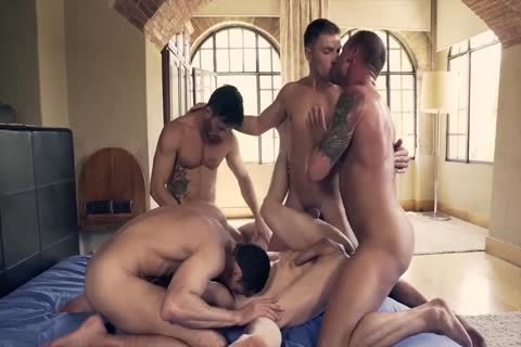 massive Muscled And Tattooed homosexual males Likes pooper job