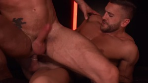 GodsOfMen: Short haired Emir Boscatto digs blindfolded
