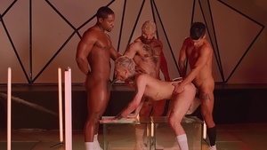 Drill My Hole - American Ty Mitchell feels like hard nailining
