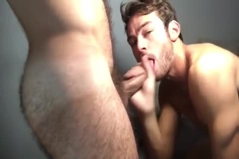 Quickie With A slutty hairy Daddy