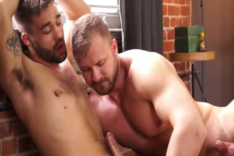 RB2722 homosexual Porn chap Austin Wolf Ties Up And pounds hairy Otter Ian Parker