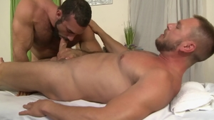 Icon Male: Hairy Hans Berlin finds irresistible nailed rough