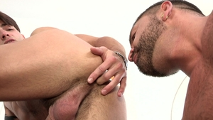 DylanLucas: Tattooed nice big dick Casey Everett throat fuck