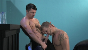 RagingStallion.com: Jeremy Stevens giving head for balls