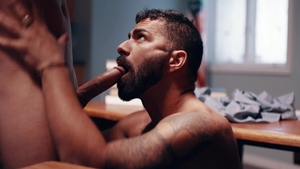 IconMale: Muscle Tristan Hunter bareback sucking cock indoors